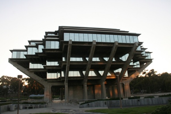 48-ucsdlibrary-thumb